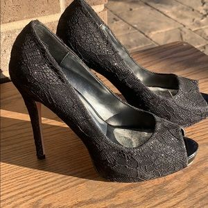 👠👠Lace Shimmery Heels👠👠